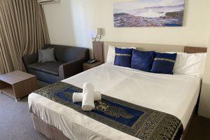 Peninsula Motel - King Room