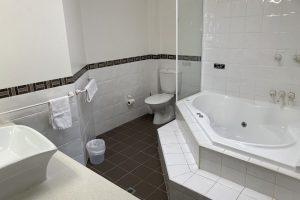 Peninsula Motel - Spa Suite