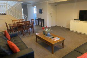 Peninsula Motel - 3 Bedroom Apartment
